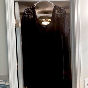 Vici Black and Lace Top Large